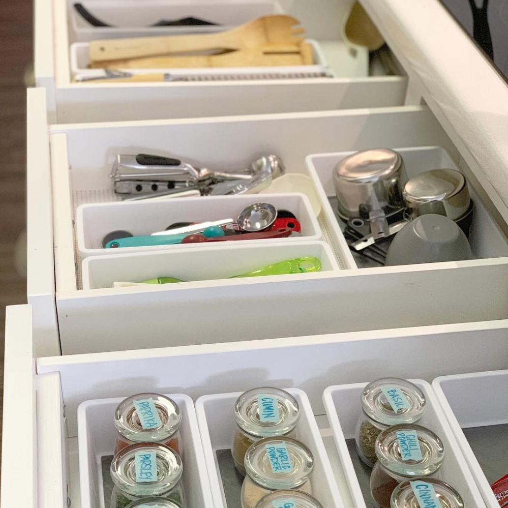 kitchen drawer organization 1